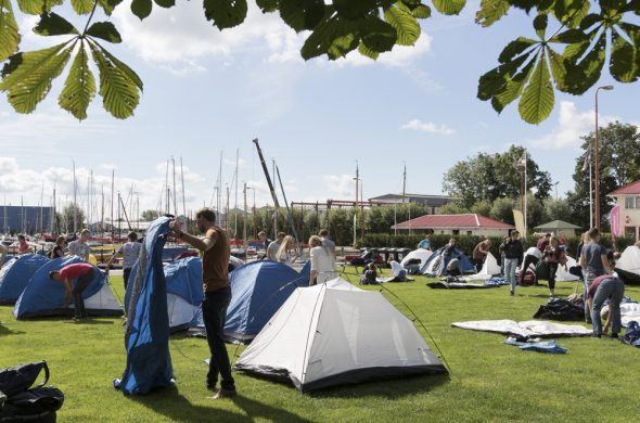 overnachting-in-tent-jachthaven-ottenhome-heeg